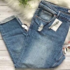 🎉HP🎉ASOS Distressed Cropped Denim Jeans Plus 18